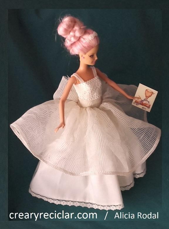 vestido de muñeca de primera comunión