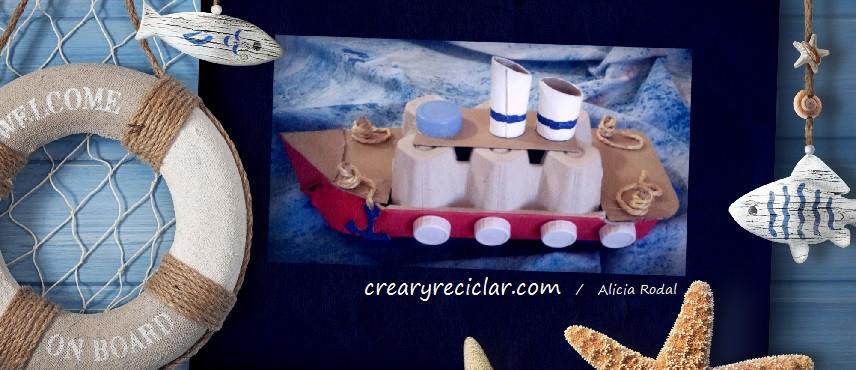 barco reciclado con caja de carton de huevo
