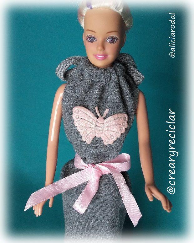 camisón pijama para muñecas reciclando una manga larga