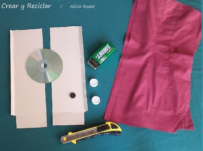 materiales para decorar armarios para muñecas