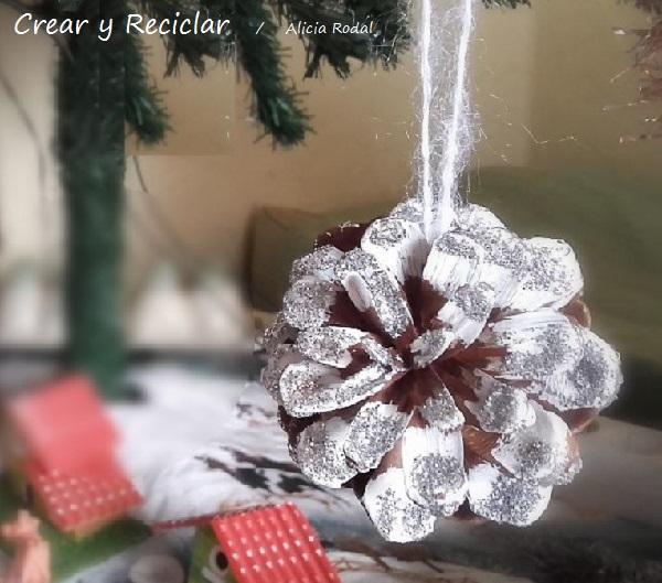 piñas para decorar el arbolito de Navidad