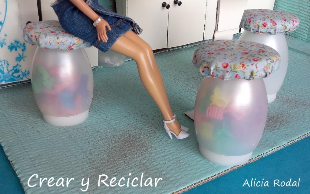 Taburetes o sillas de cocinas para muñecas DIY