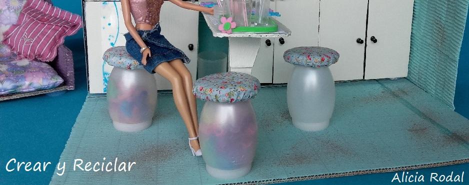 Taburetes o sillas de cocina para muñecas DIY