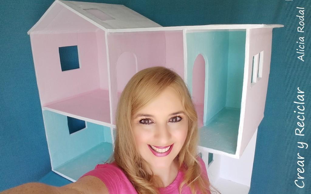 Casa de muñecas de cartón DIY