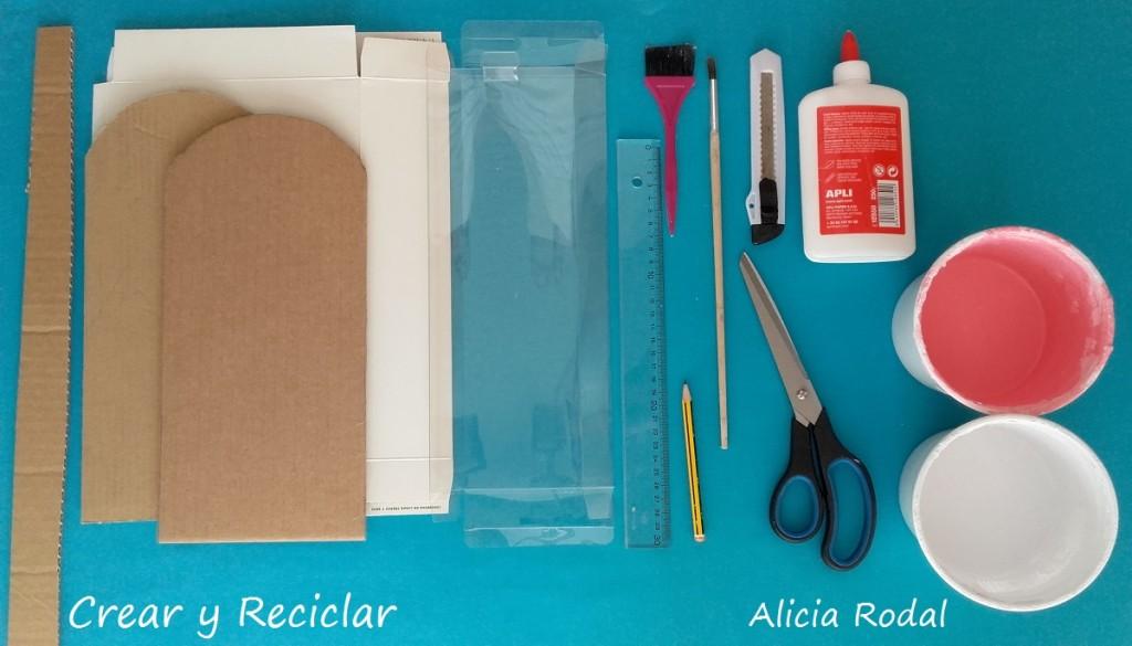 materiales puerta casa de muñecas DIY