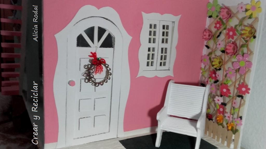 Mini corona de navidad para muñecas con reciclaje DIY