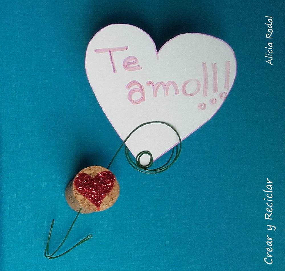 Idea para San Valentín Nº 3: imán de nevera para fotos o notas