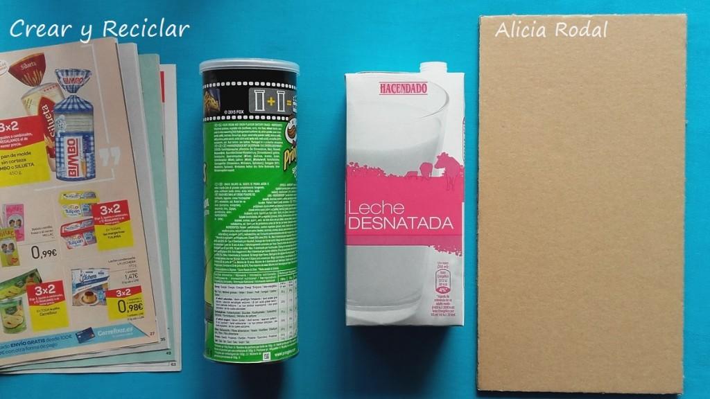 Materiales Lavadora para muñecas de cartón DIY