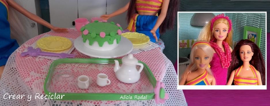 Mesa de comedor para muñecas con reciclaje DIY Crear y Reciclar