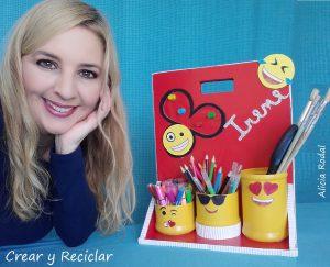 Como hacer un organizador de escritorio portátil de emojis con imanes DIY de cartón y otros materiales reciclados