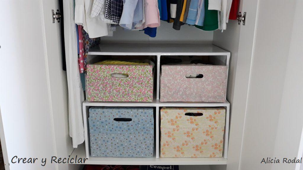 Como hacer muebles, organizadores, repisas y cajones de cartón, para tener tu ropa, materiales y demás objetos, bien organizados en el armario.