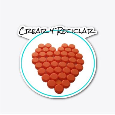 """El día que empecé a pensar en el logo de Crear y Reciclar, tenía claro que tenía que ser un corazón, porque representa el amor que tengo por el planeta. La imagen del logo está hecha con tapas o tapones de plástico de color naranja. Por ese amor al Planeta, soy fiel a mi filosofía del Reciclaje. Las 3 """"R"""" del Reciclaje, Reutilizar, Reducir y Reciclar, son los principios en los que se fundamenta mi estilo de vida y eso es lo que quiero reflejar en mi contenido. Mis ideas y creaciones que comparto en mi sitio web crearyreciclar.com y mi canal de YouTube, son hechas a mano, DIY y con materiales reciclados."""