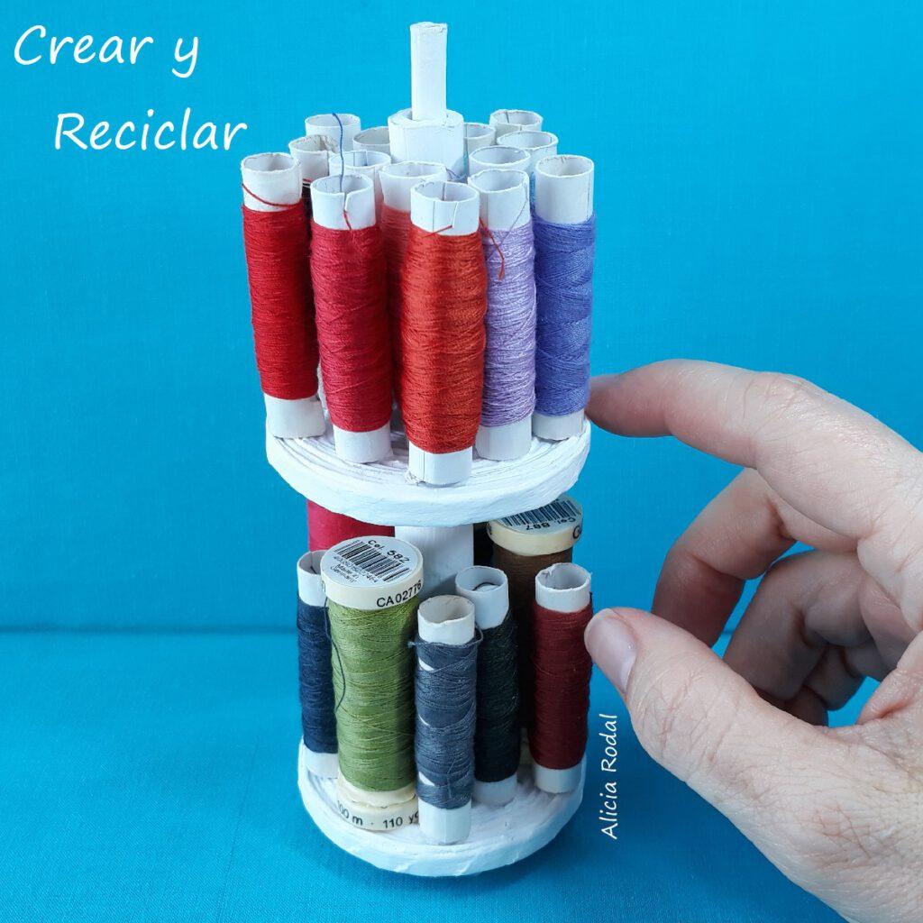 Mira qué fácil es tener tus materiales de costura bien organizados, rápido, económico y lo mejor de todo, con materiales reciclados.