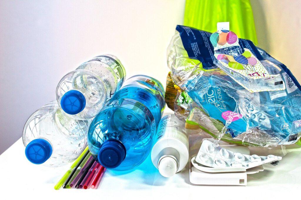 Para poder conservar el planeta y proteger el medio ambiente es importante que empecemos a reciclar de forma habitual.