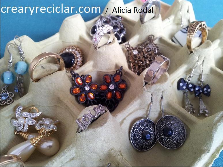 Puedes crear tus propias joyas para iniciar un negocio y comenzar a ganar dinero con tus manualidades.